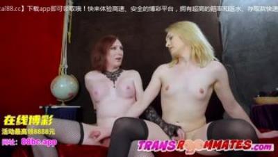 人妖-Trans Roommates Hook Up After A Bad Blind Date